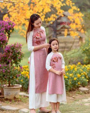 áo dài mẹ và bé